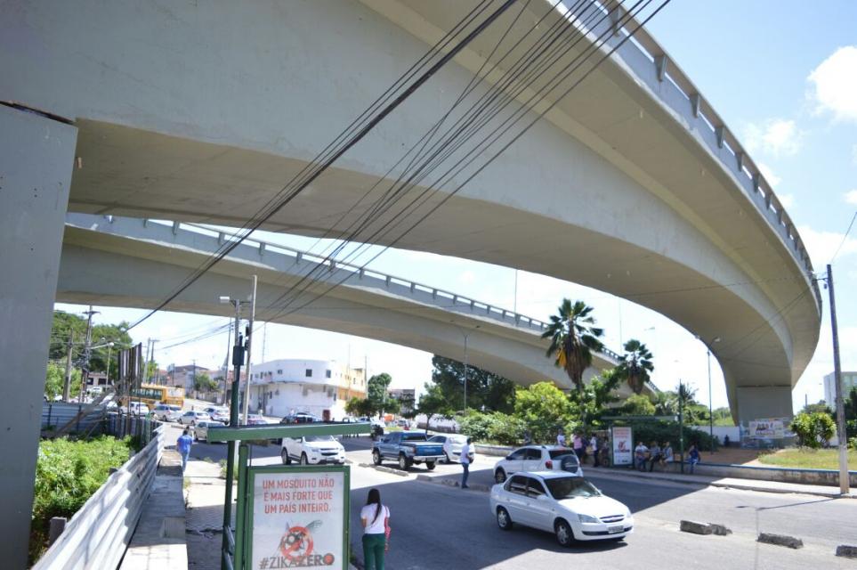 Viaduto do Baldo é liberado ao tráfego