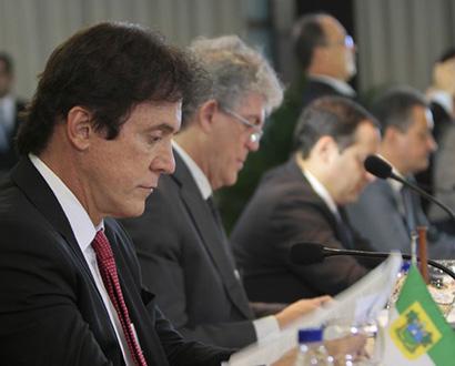 Em Brasília, Robinson pede R$ 14 bilhões para o Nordeste