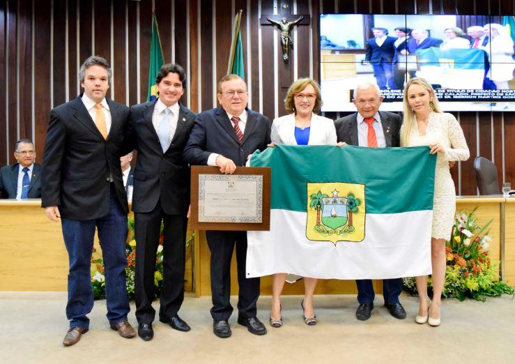 Prefeito de São Gonçalo do Amarante recebe título de Cidadão Norte-rio-grandense