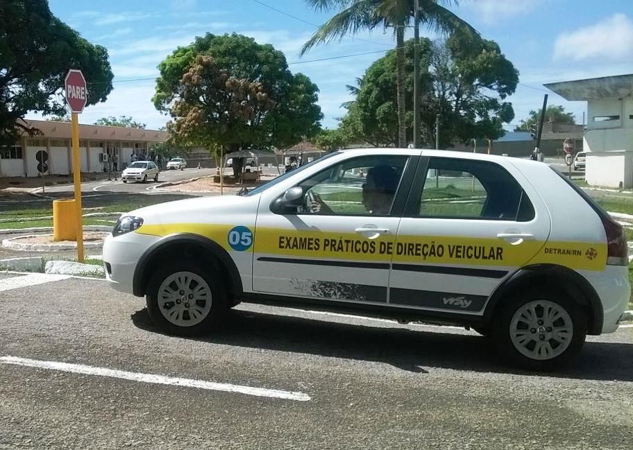 Detran visita 26 municípios para aplicar exames práticos de direção veicular