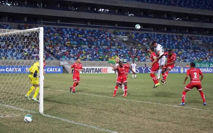 América-RN sofre empate amargo nos minutos finais diante do Cuiabá