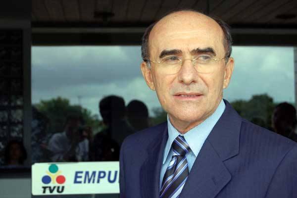 Justiça Federal absolve ex-reitor da UFRN