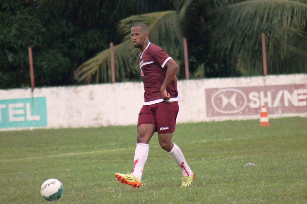 Lucas Bahia vive a expectativa de estrear pelo América-RN