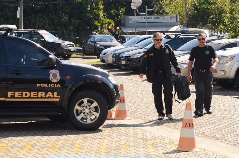 Propina a ex-tesoureiro do PT envolveu parentes, blog e escola de samba, diz PF
