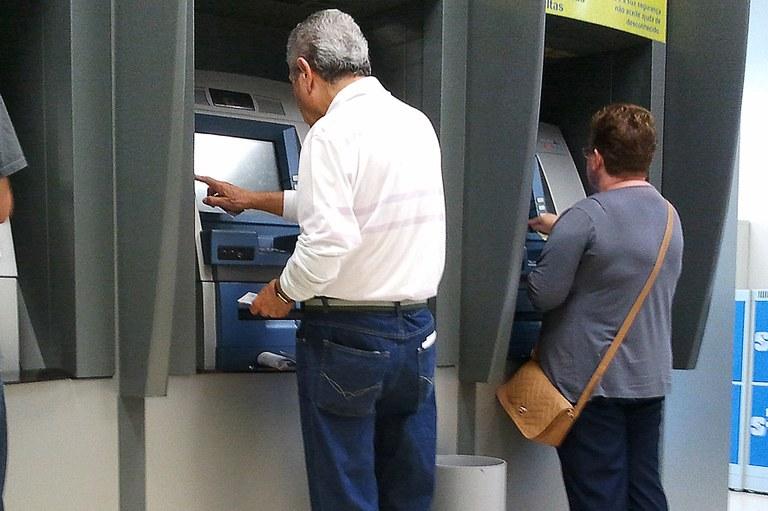 81% dos brasileiros dependem exclusivamente do INSS para se aposentar