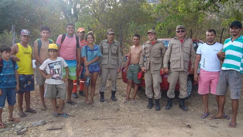 Bombeiros resgatam grupo perdido em Serra Negra do Norte