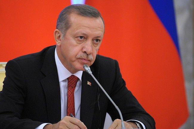 Erdogan anuncia 3 meses de estado de emergência na Turquia