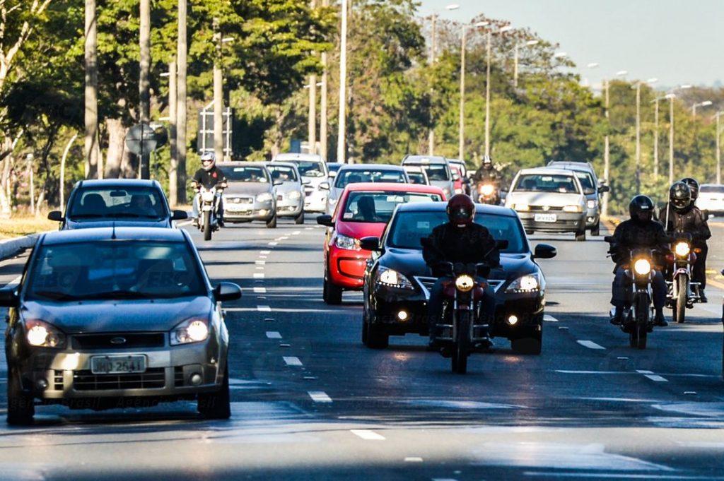 Motorista que optar receber multa pela internet terá desconto de 40%