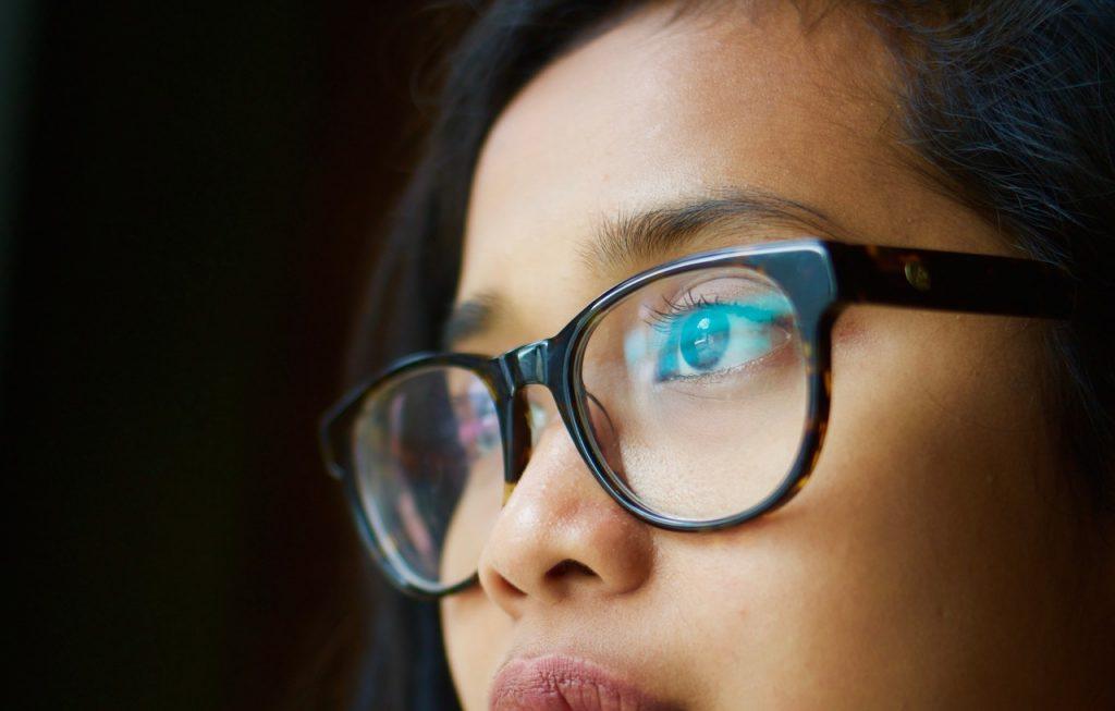 Especialista desvenda mitos e verdades sobre a saúde dos olhos