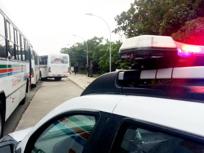Segurança atua para garantir circulação normal de ônibus em Natal
