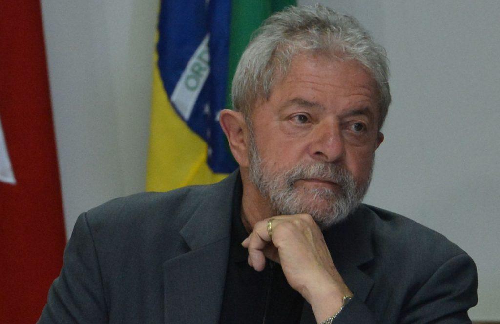 Juiz aceita denúncia, e Lula vira réu pela 3ª vez