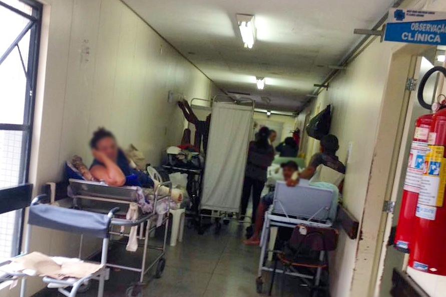 Cresce o número de pacientes em macas nos corredores dos maiores hospitais do RN
