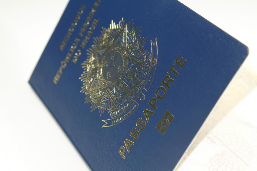 Novas regras facilitarão a obtenção de dupla cidadania em 112 países