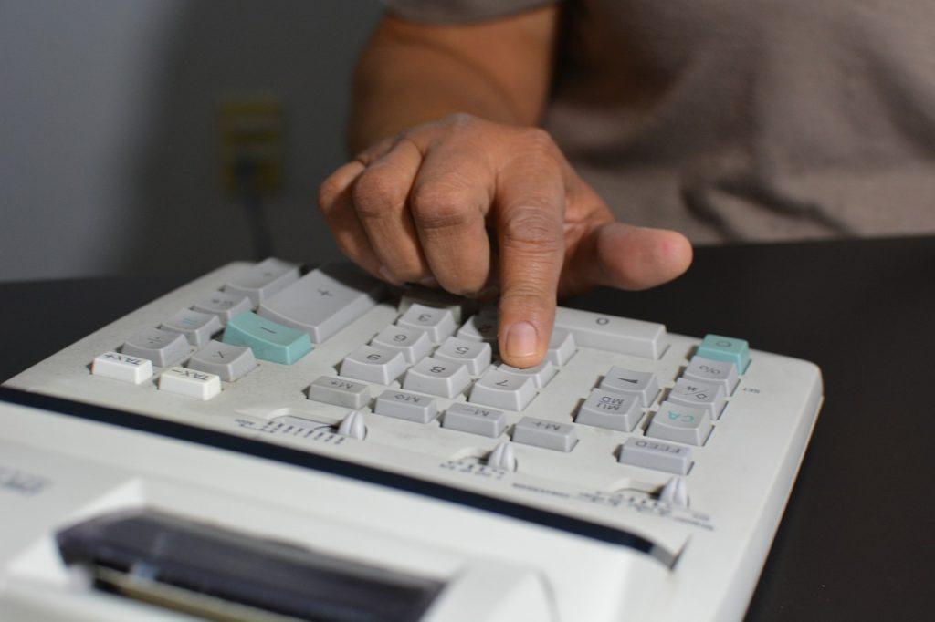 Receita irá excluir empresas com débitos do Simples Nacional