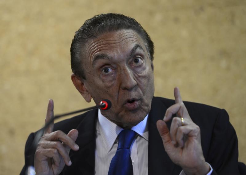 STF arquiva inquérito sobre o senador Edison Lobão na Lava Jato