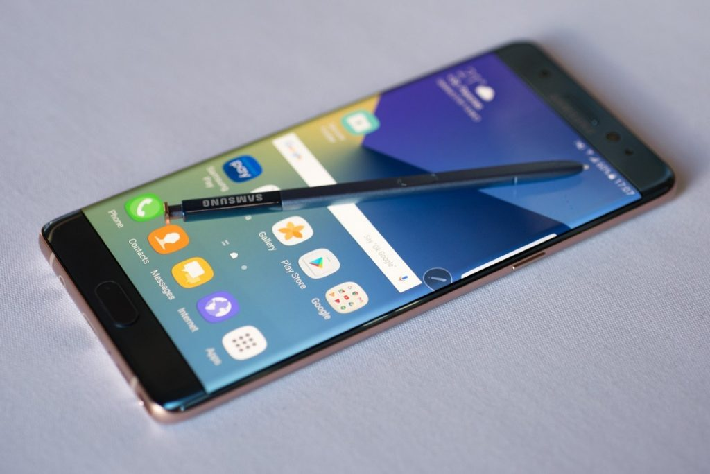 Samsung suspende venda e fabricação do Galaxy Note 7