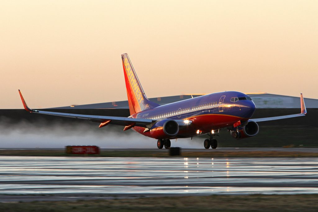 Celular Samsung pega fogo e faz avião ser evacuado nos EUA