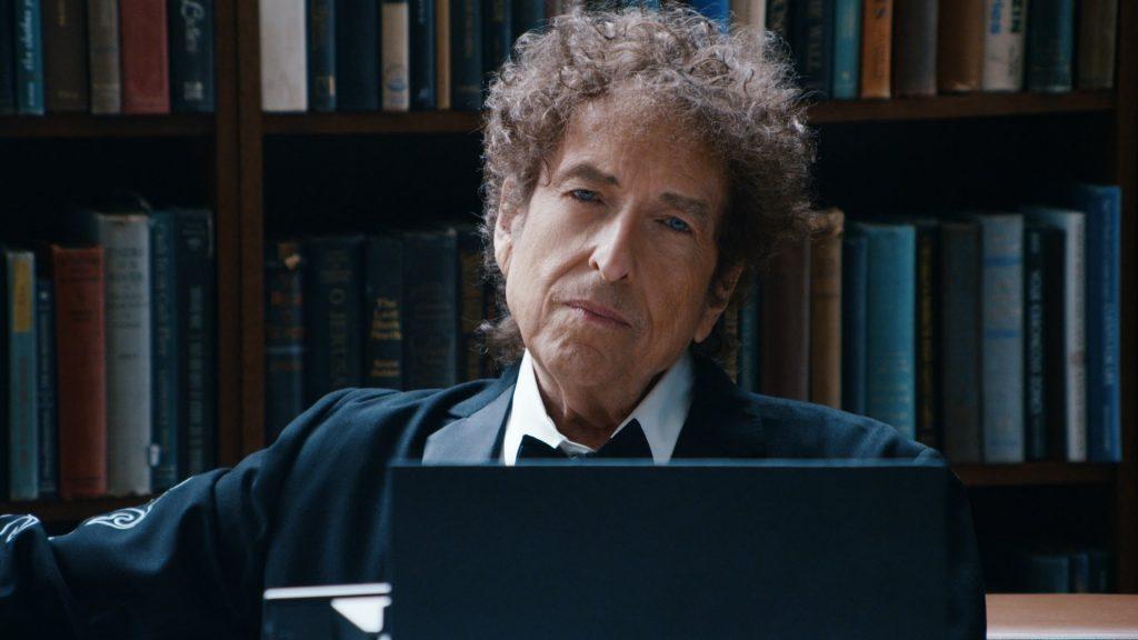 Escritor e músico Bob Dylan recebe Nobel de Literatura