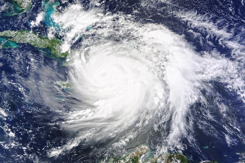 Furacão Matthew mata 400 no Haiti e chega hoje nos EUA