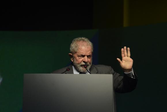 Beleza da democracia é a alternância de poder, diz Lula