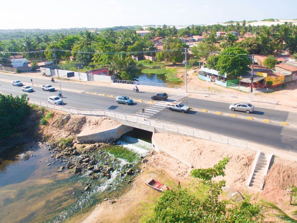 Governo do RN conclui nova ponte sobre o Rio Doce