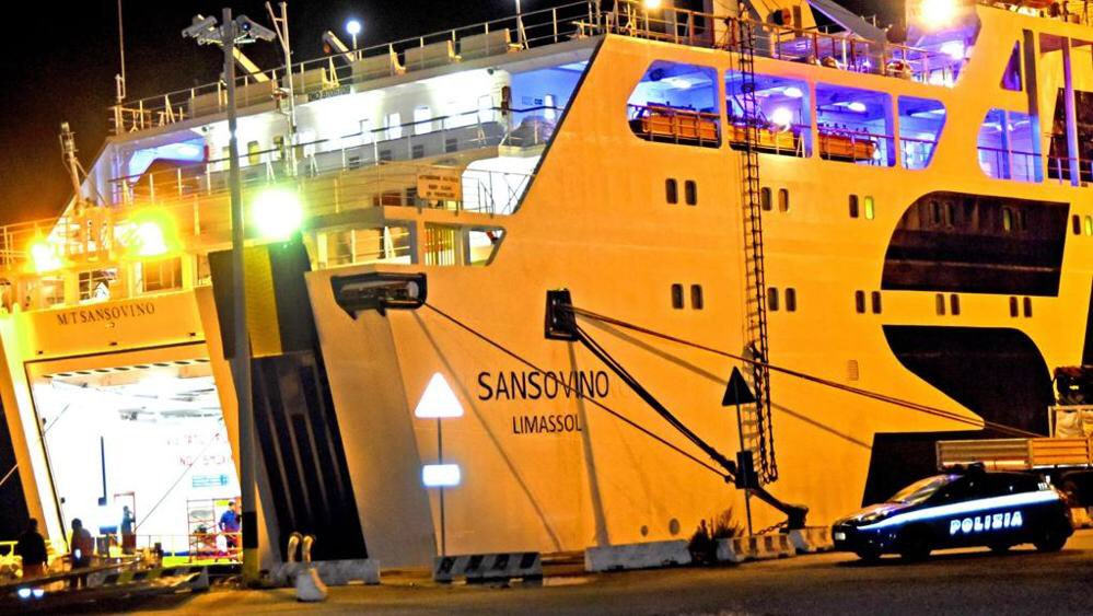 Quatro operários morrem em acidente de navio na Sicília