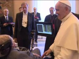 papa-francisco-stephen-hawking