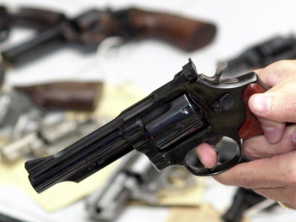 PM sofre dois tiros durante tentativa de assalto na zona Leste de Natal