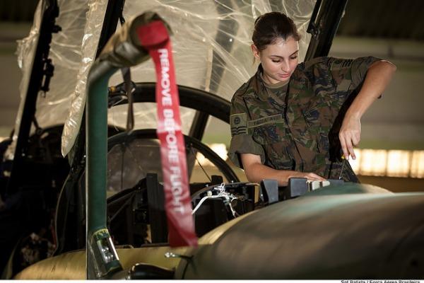 Força Aérea Brasileira abre 358 vagas para ensino médio