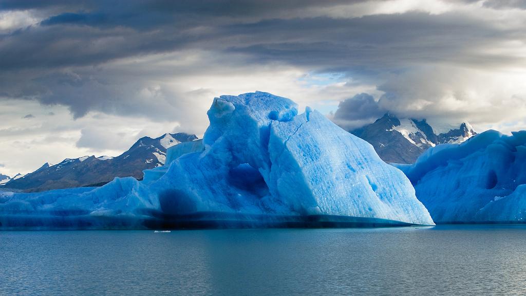 Iceberg gigante está prestes a se soltar na Antártida