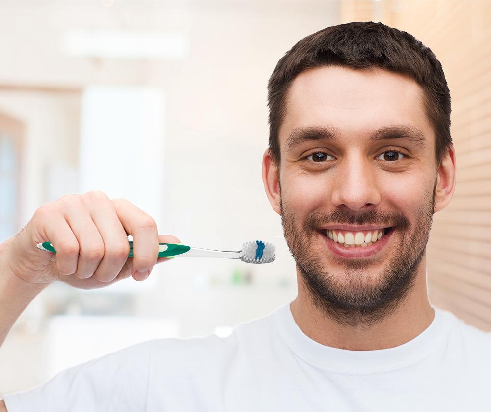 Dentista dá dicas de como evitar a placa bacteriana