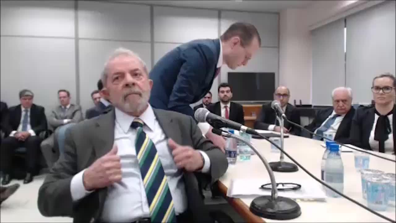 """Em depoimento, Lula diz que """"nunca houve a intenção de adquirir triplex"""""""