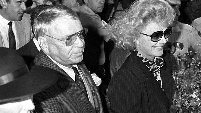 Barbara Sinatra, viúva de Frank Sinatra, morre aos 90 anos