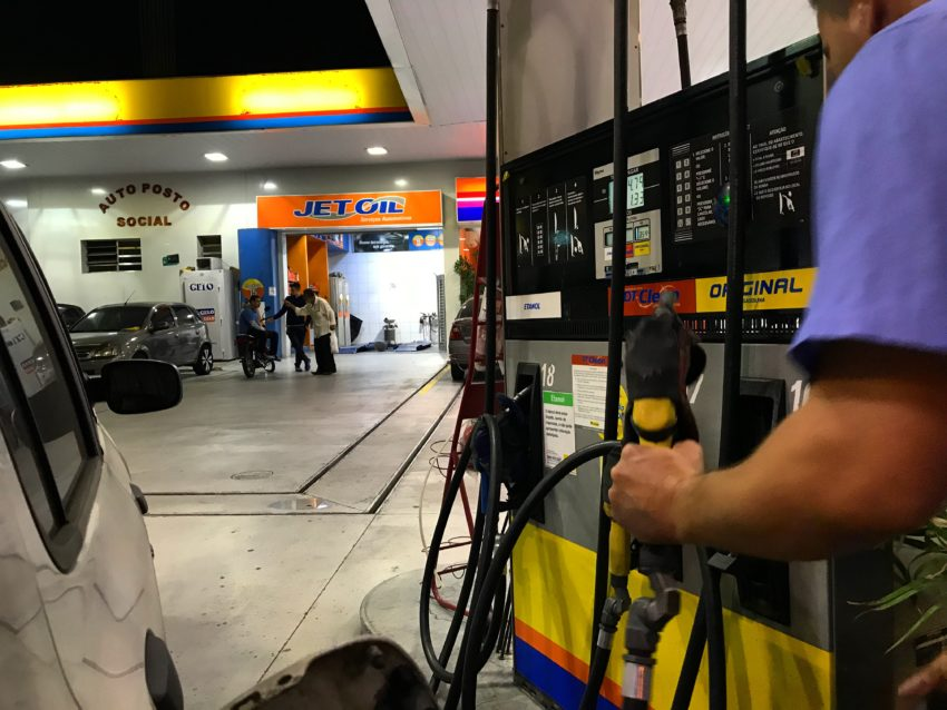 Gasolina do RN é a 3ª mais cara do Nordeste