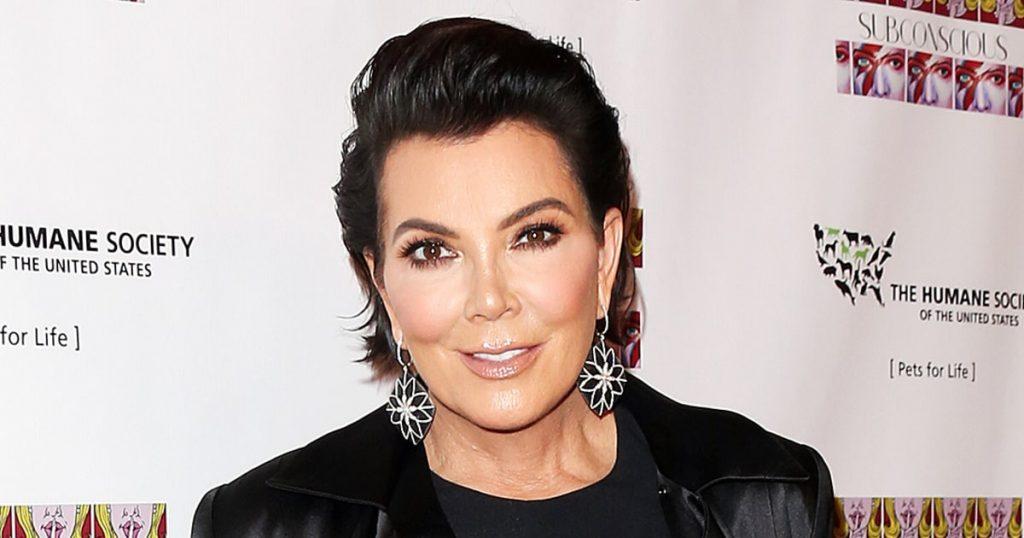 Kris Jenner dá o que falar com foto de biquíni e corpão aos 61 anos