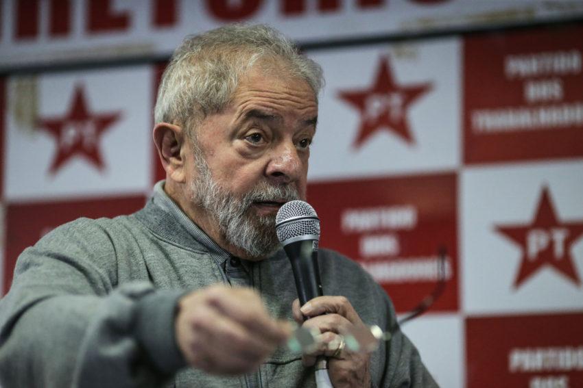 Por corrupção passiva, Lula vira réu no MPF