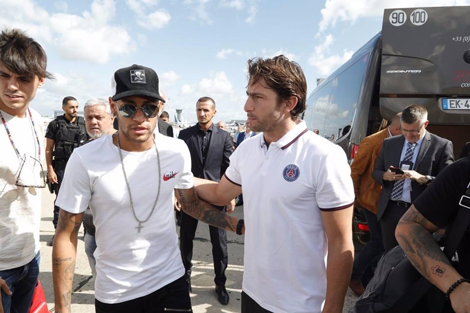 Barcelona notifica Uefa sobre venda de Neymar ao PSG