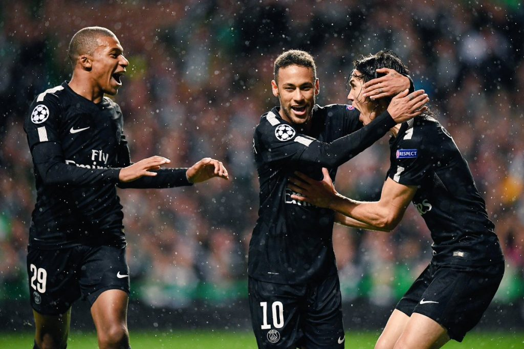 Neymar marca e PSG vence na Champions
