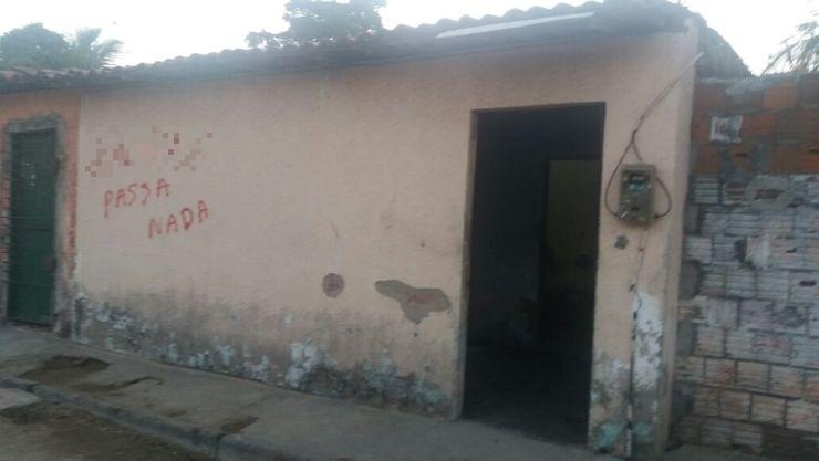 Casa onde aconteceu a chacina em Fortaleza (Foto: Reprodução/ Jéssika Sisnando/O POVO)
