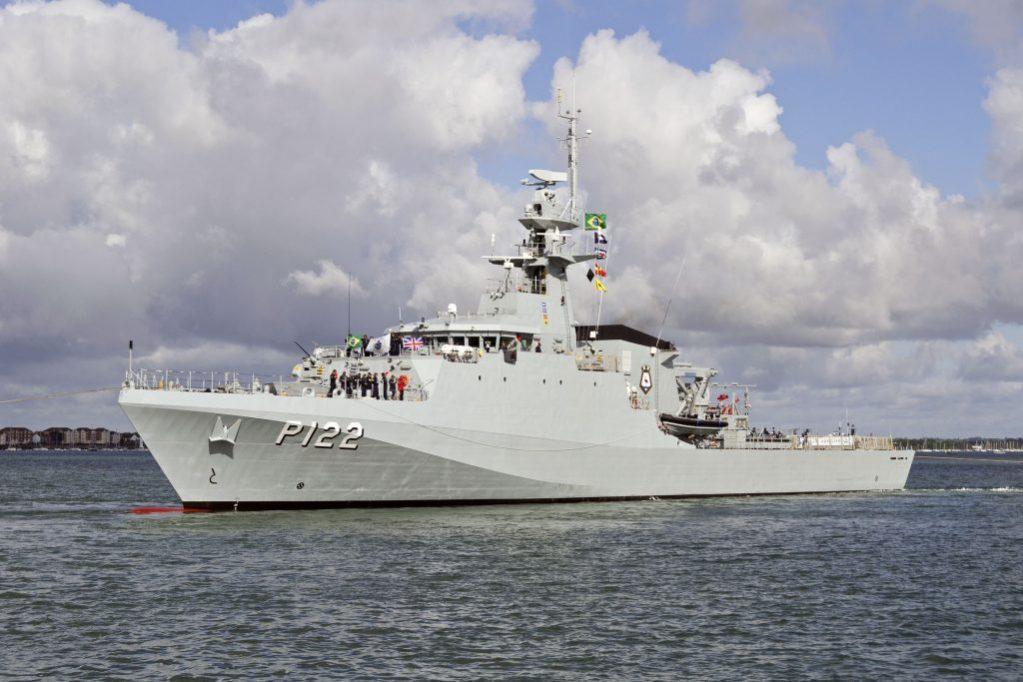 Não tem navios para defender a enorme costa brasileira, diz Ministro