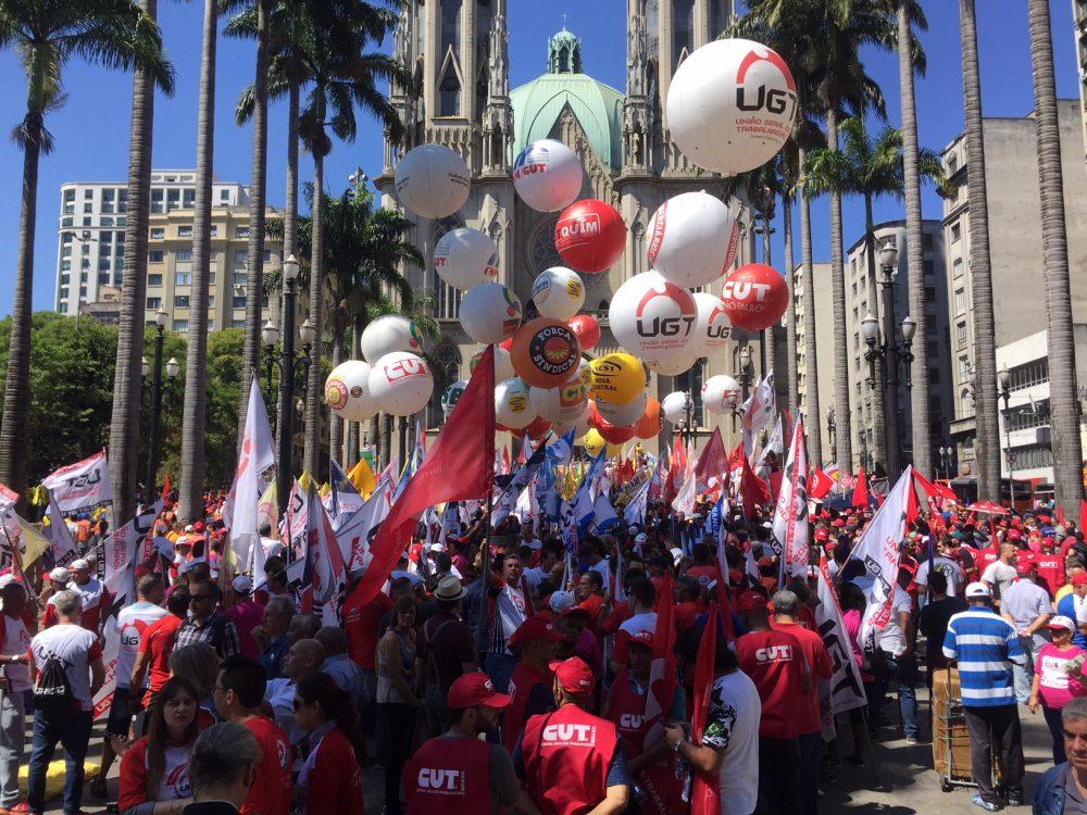 Sexta-feira marcada por manifestações pelo país contra Reforma Trabalhista