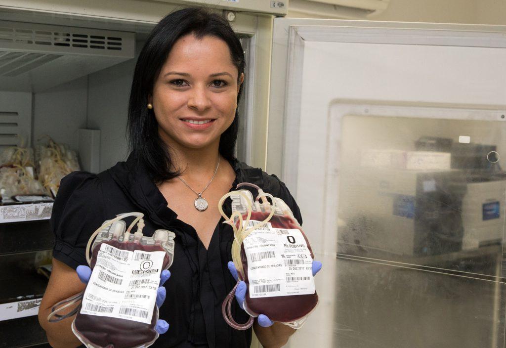 Projeto de lei prevê benefício da meia-entrada para doadores de sangue