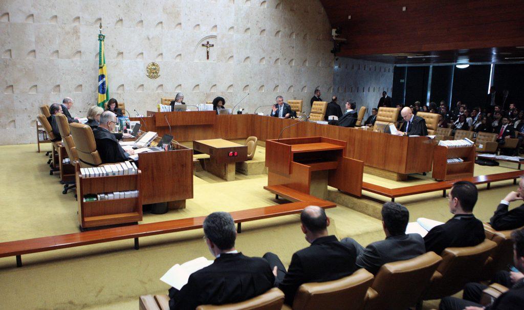 Tapa na cara do brasileiro: STF aprova reajuste de 16% no salário de ministros