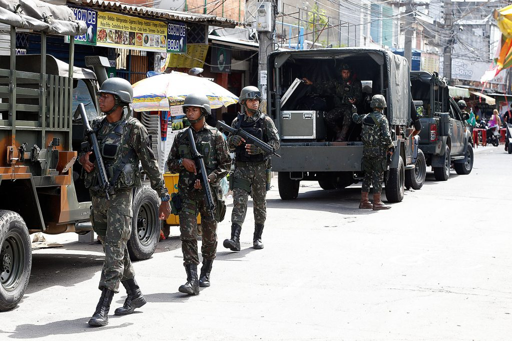 Temer autoriza Intervenção Militar na segurança pública do Rio