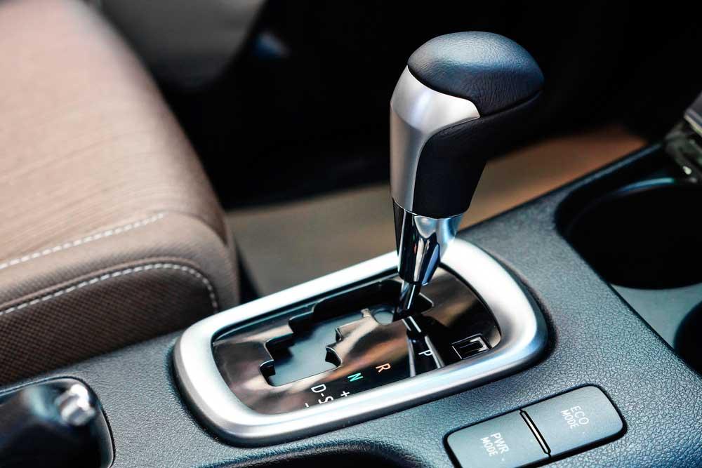 Conheça o projeto que possibilita habilitação específica para carros automáticos