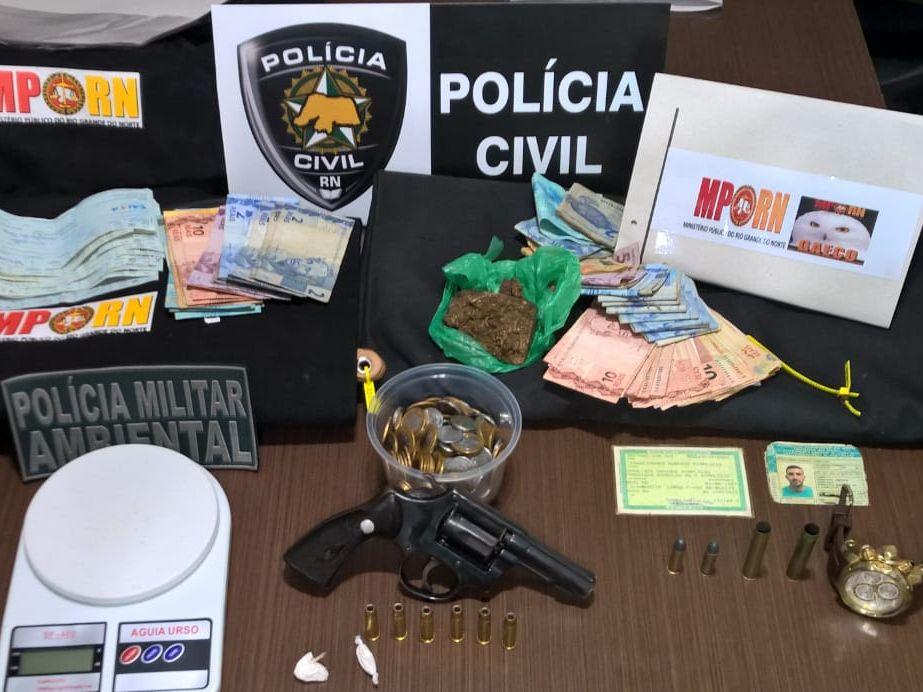 Operação conjunta do MPRN PC e PM realiza prisões e apreende drogas e armas em Assu