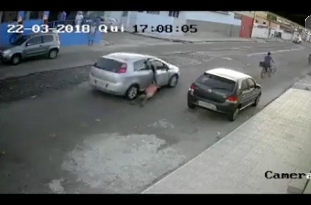 Polícia captura acusados de arrastar vítima pelas ruas de Cidade da Esperança