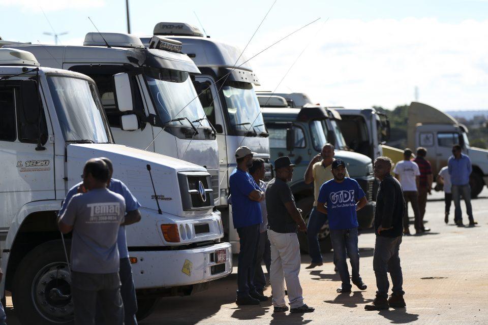 Greve dos caminhoneiros tem apoio de 87% dos brasileiros, diz Datafolha