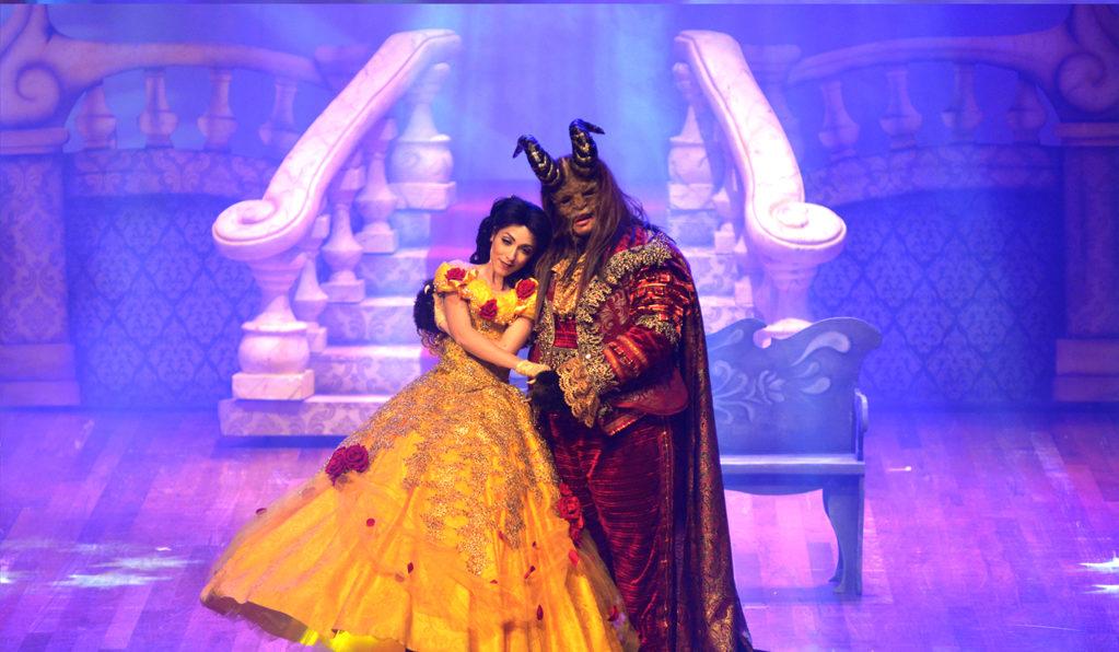 Palco do Teatro Riachuelo recebe o musical A Bela e a Fera