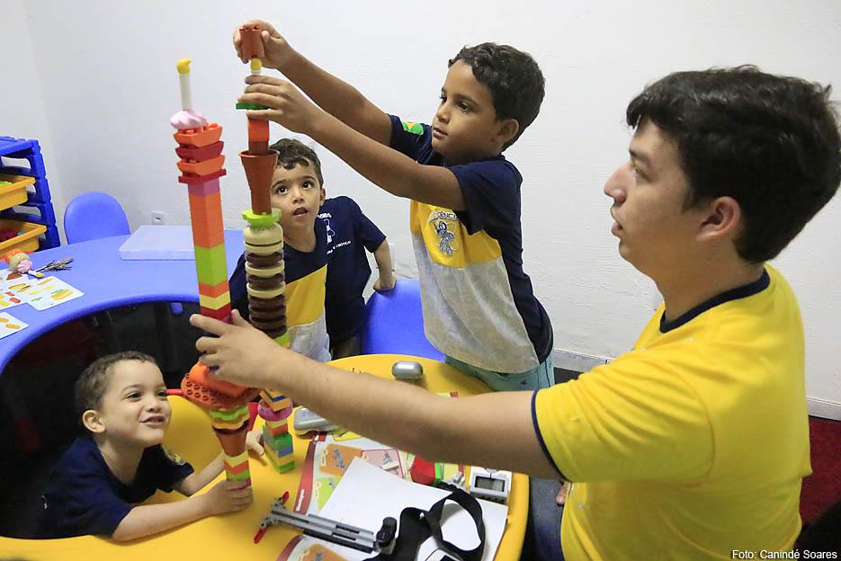 Crianças podem aprender robótica em Natal durante as férias